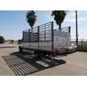 Carroceria abierta sobre Iveco 70c18 Daily con Plataforma Elevadora